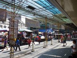 马尼拉市迪菲苏利亚市场