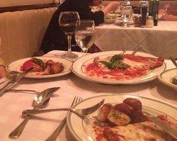 Tony's Di Napoli - Midtown