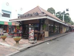 Bistro Wine & Cafe