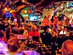 雀客99音乐酒吧