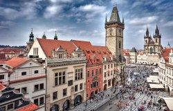 老城市政厅和天文钟