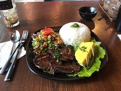 荣越南餐厅