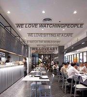 Greyhound Cafe (CentralPlaza Lardprao)