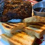 Hen House American BBQ & Grill: Hen House American BBQ & Grill照片