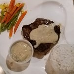 Kuripot Steak: Kuripot Steak照片