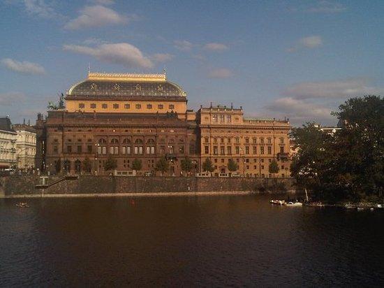 捷克国家歌剧院