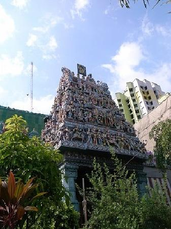 斯里-维拉玛卡里雅曼兴都庙
