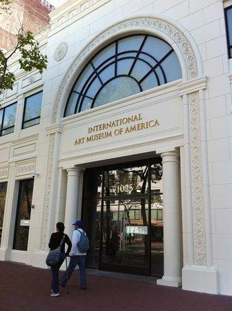 美国国际艺术馆