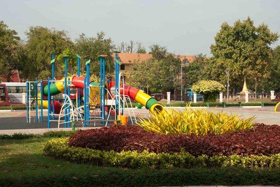 Wat BotomVatey Playground