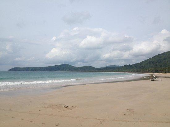 纳克潘海滩