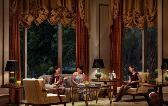 珍珠酒廊(广州丽思卡尔顿酒店)
