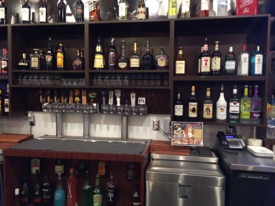 High Sierra Grill & Bar