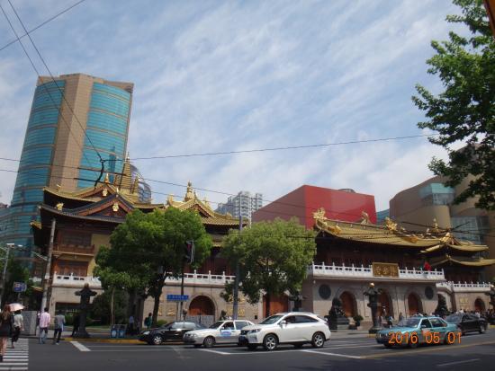 上海静安寺步行街