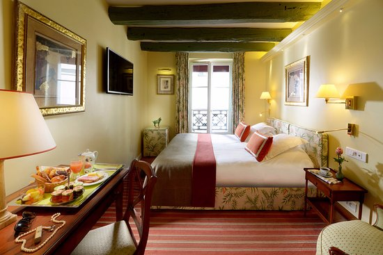 瑞莱斯蒙玛特酒店